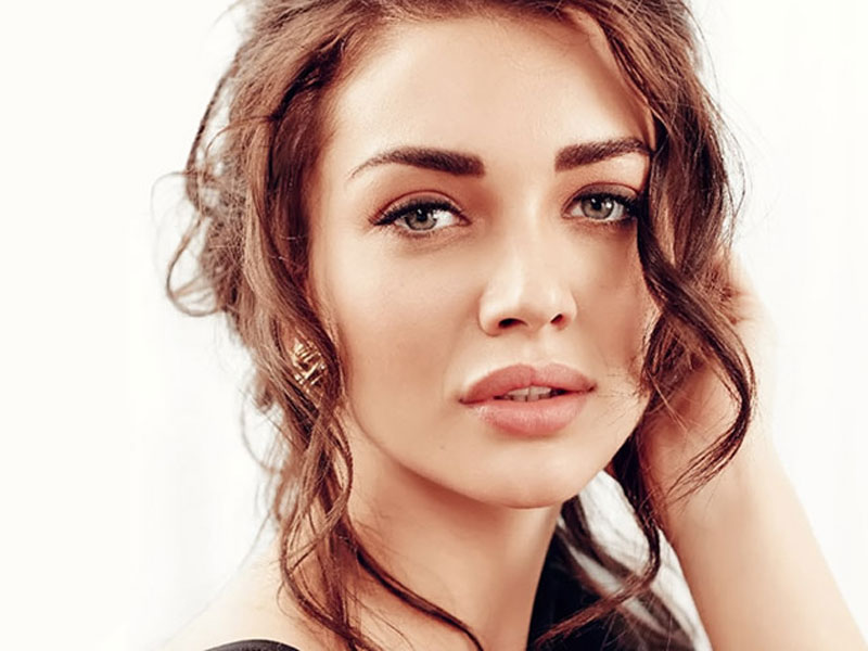 Amy Jackson to make Cannes debut