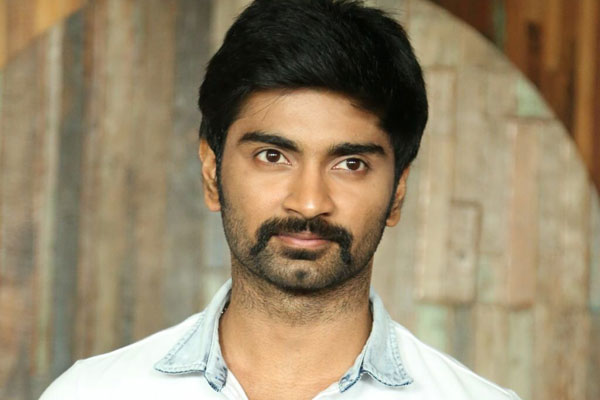 Atharvaa performs stunts for Yuvan's song