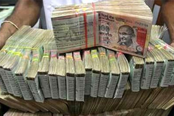 Biggest seizure ever: Rs 570 crore seized from 3 containers in TN