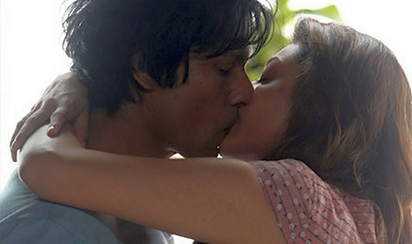Randeep Hooda and Kajal Aggarwal Kiss, Controversy