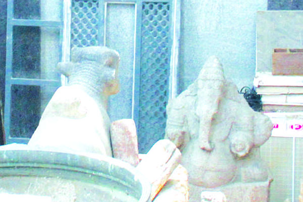 100 more ancient idols seized from Alwarpet in Chennai