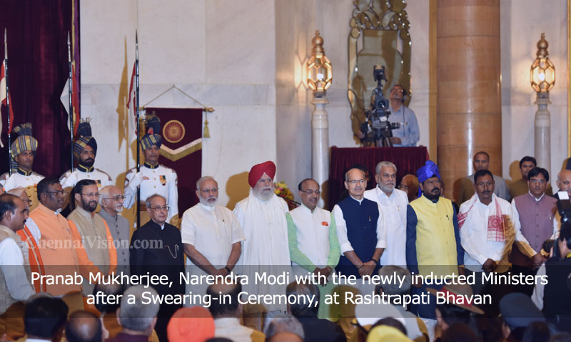 Pranab Mukherjee, Narendra Modi with the newly inducted Ministers after a Swearing-in Ceremony, at Rashtrapati Bhavan