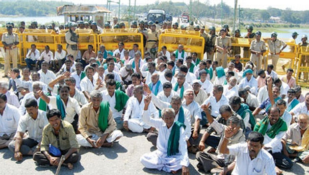 Farmers protest all over TN for Cauvery, thousands arrested