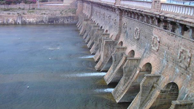 Cauvery: Opposition ups pressure on TN govt