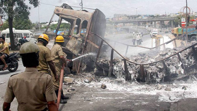 Lorry, bus owners demand compensation for Karnataka violence