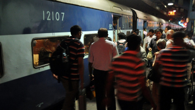 CBI raids Howrah Express in Chennai, top official questioned