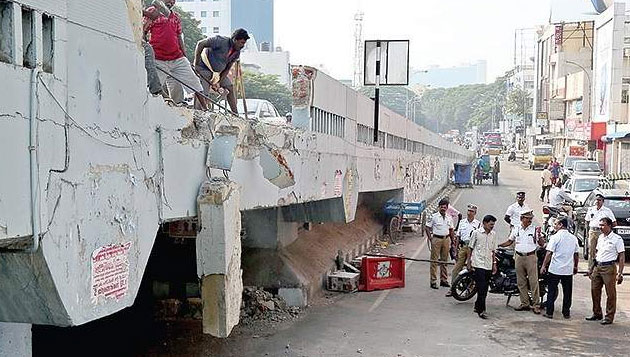 Freak mishap on Anna flyover, drowsy driver booked