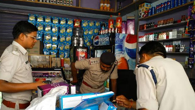 Hookah bar raided in Chennai, 2 arrested