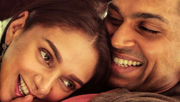 Fall in love with Kaatru Veliyidai teaser