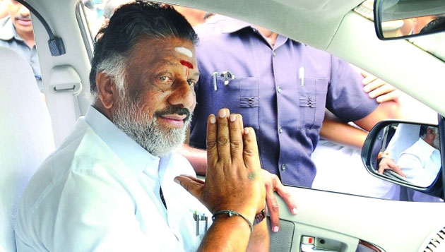 OPS back in Chennai, but his request goes in vain