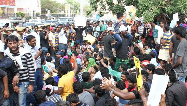 Protesters at Marina refuse to withdraw agitation