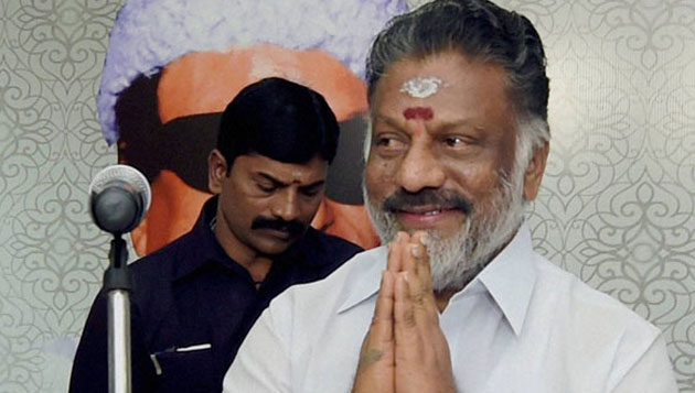 EC to decide fate of Sasikala, Panneerselvam today