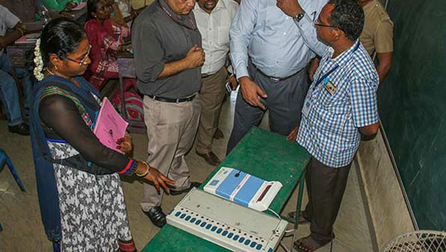 Final tally: 62 in fray at RK Nagar, EVMs to be used