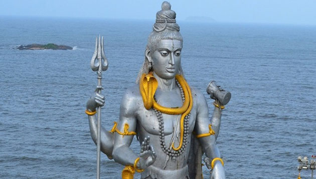 Hindu Temple in South Africa installing 6-meter tall Lord Siva statue