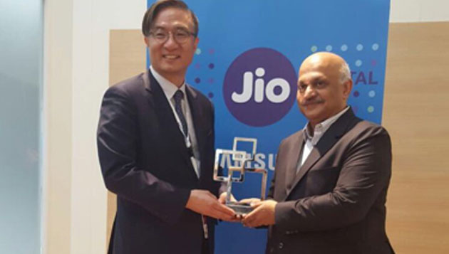 "Jio and Samsung Win ""Best Mobile Innovation for Emerging Markets"" at Global Mobile Awards 2017"