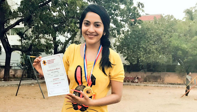 VJ Ramya won Gold in the 'District level Power Lifting' competition
