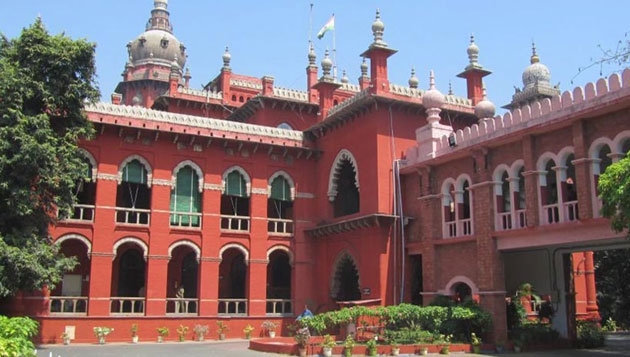 Court refuses to stay disqualification of MLAs; CM takes holy dip in Cauvery; TTV criticises