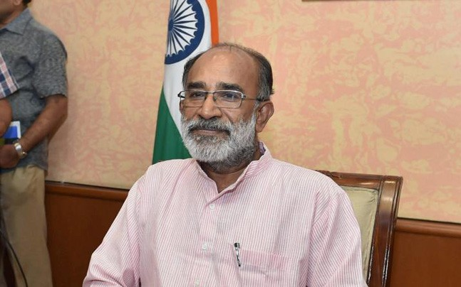 """Holistic Learning is the need of hour in our Present Education System,"""" said Union Minister Sh. K. J. Alphons while Launching the Mobile App for Vidyarthi Vigyan Manthan"""