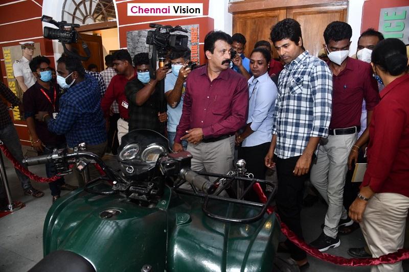 Siva Kartikeyan visits Tamilnadu police museum today at Egmore.